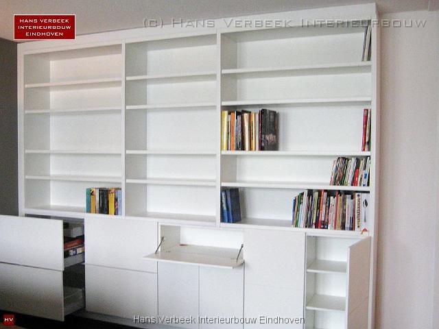 Boekenkast inloopkast kantoorkast kledingkast op maat boekenkast modern open - Moderne boekenkast ...